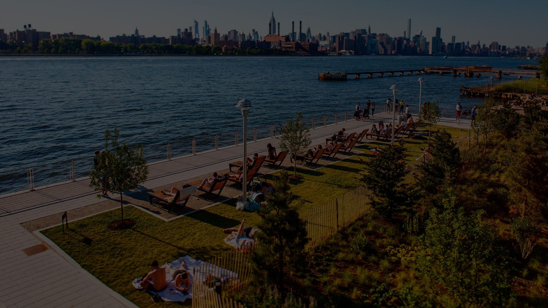 Park on the water - 1N4 Williamsburg New York